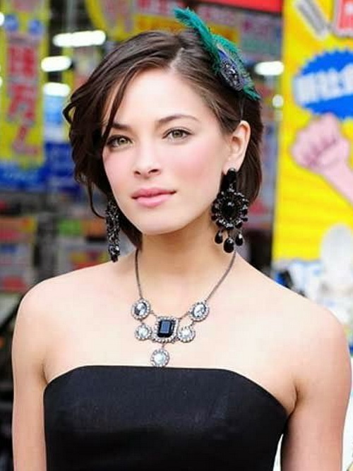 cute short medium hairstyles Cute Short Medium Hairstyles 2014